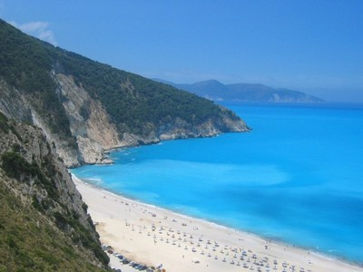 myrtos_famous_beach_of_kefalonia